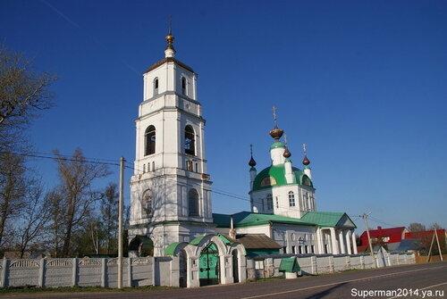 село Хотеичи - Храм  Троицы Живоначальной