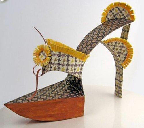 Бумажная обувь