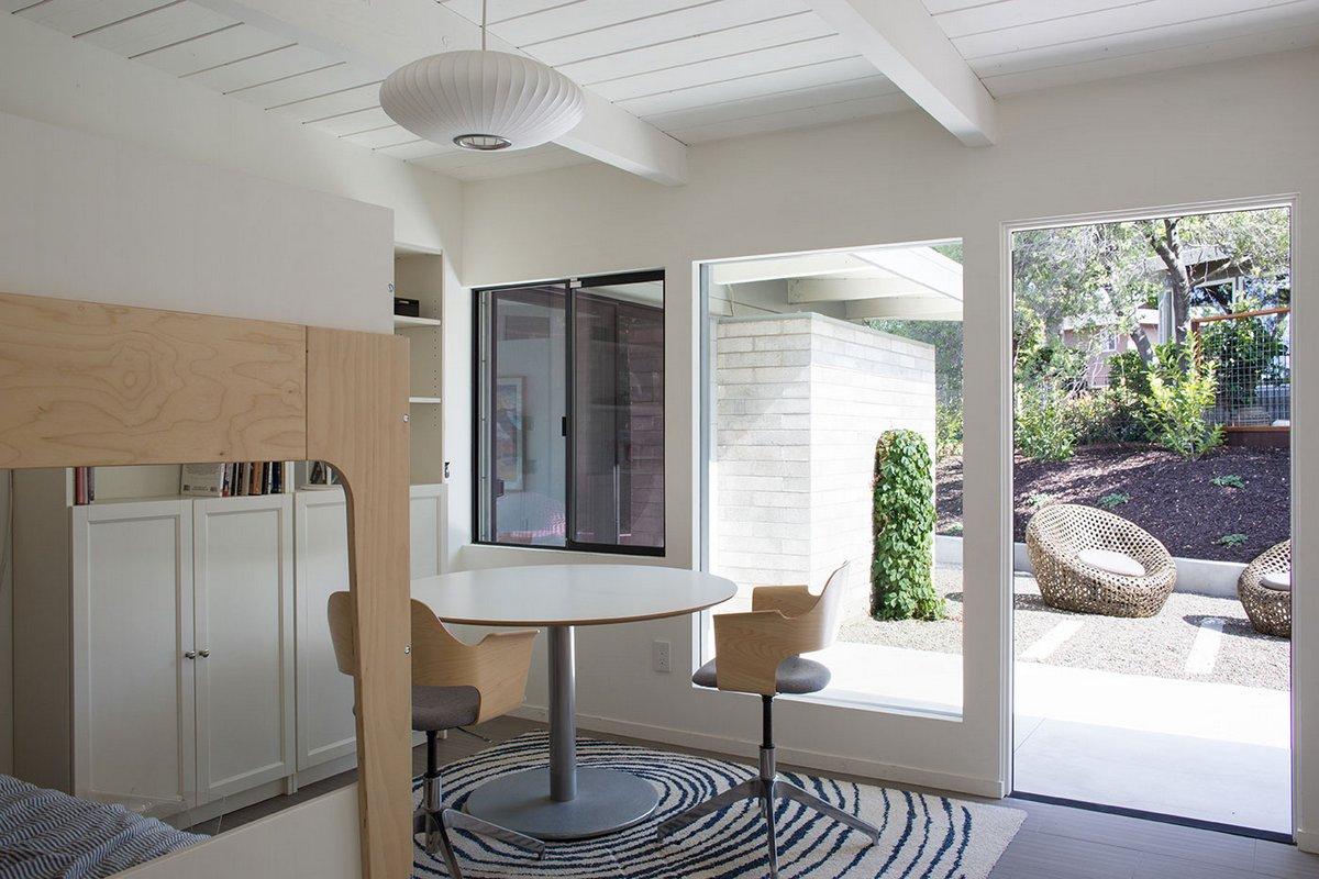 Klopf Architecture, редизайн дома, двор частного дома, панорамное остекление дома фото примеры, дома в Калифорнии, особняк в Калифорнии, ландшафтный дизайн
