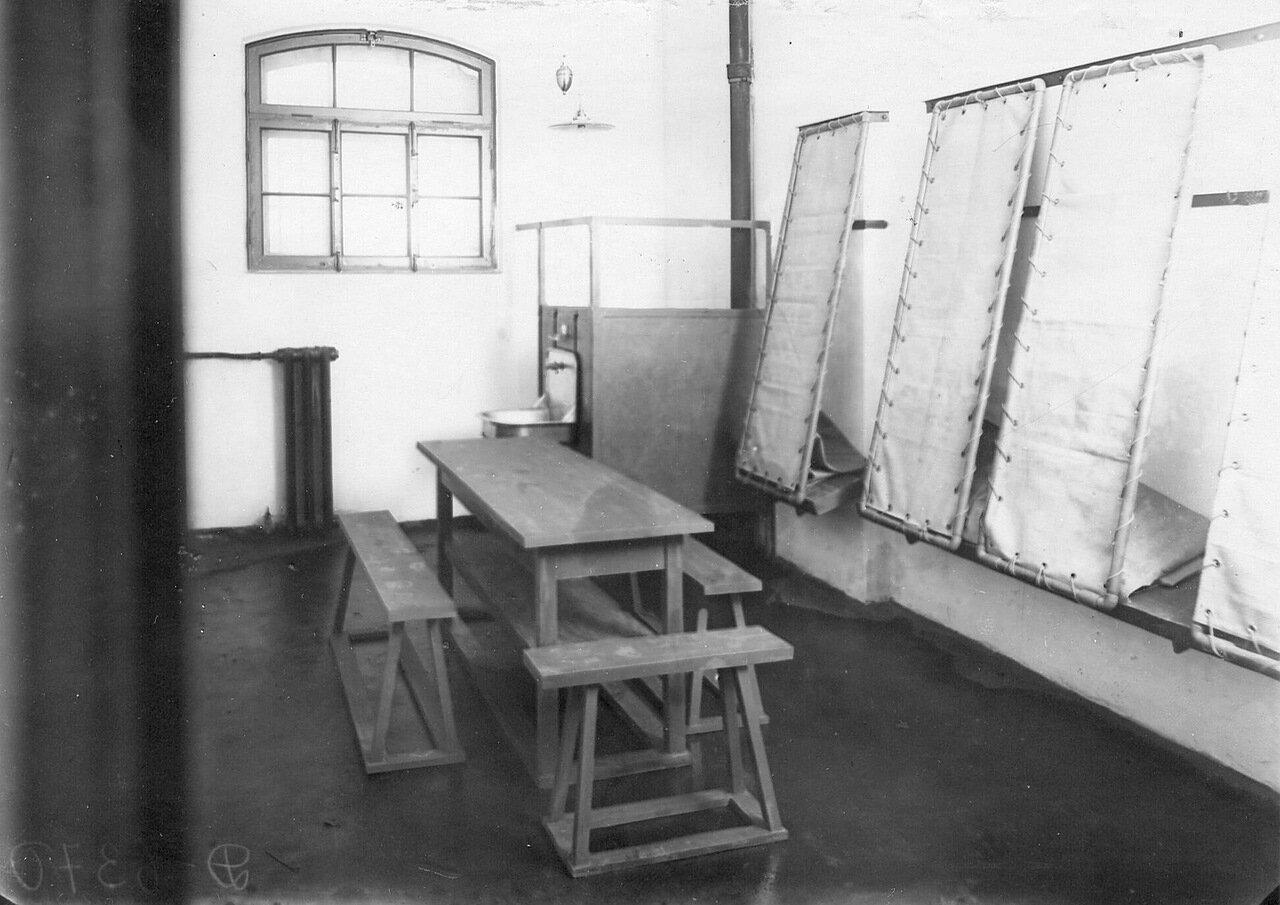 06. Камера тюрьмы