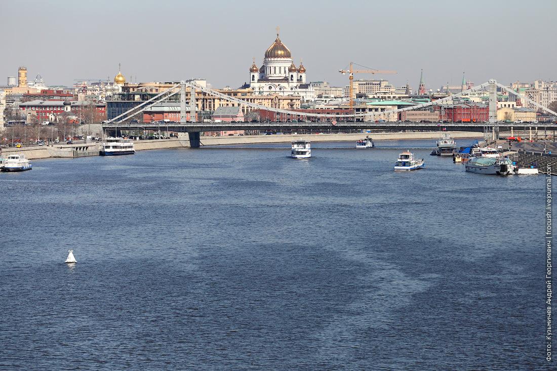 нешумно прошло вчера открытие 81-й малой пассажирской навигации на Москве-реке