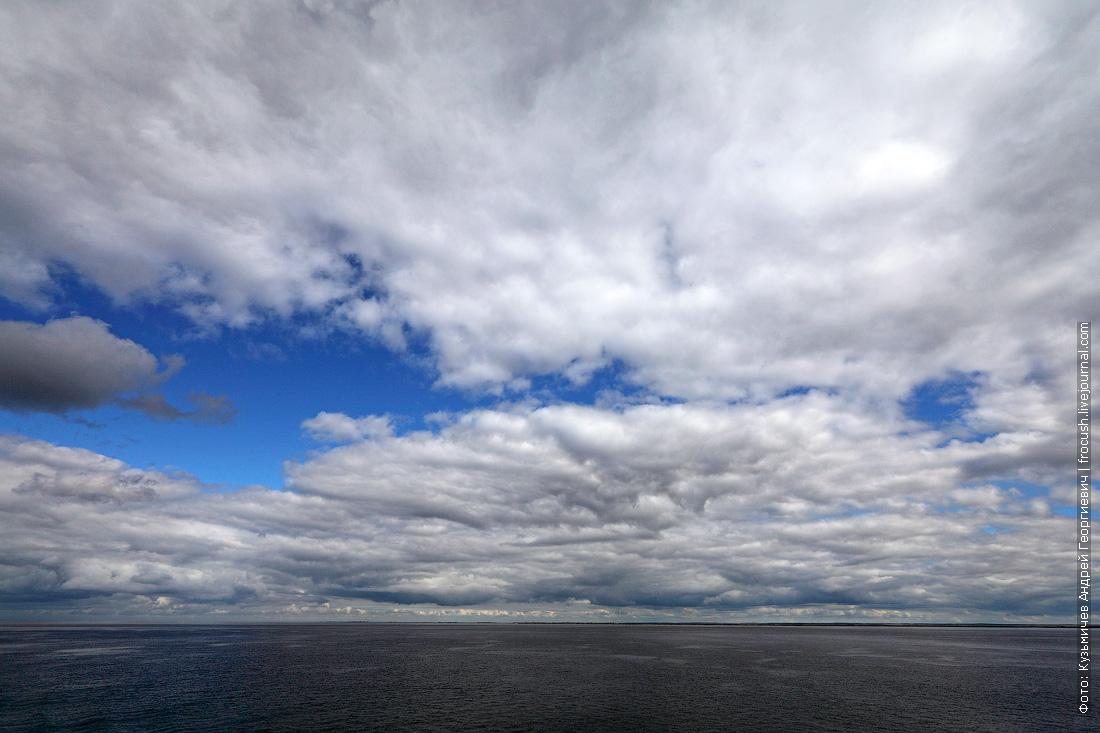 небо над Волгоградским водохранилищем