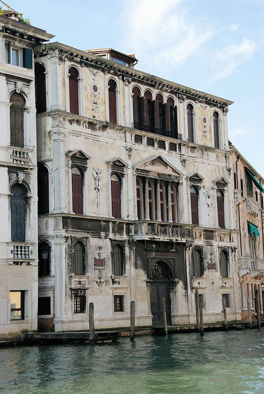 Palazzo_Contarini_delle_Figure.JPG