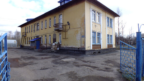 Фото города Инта №6677  Северо-западный угол Полярной 13а 22.05.2014_13:24