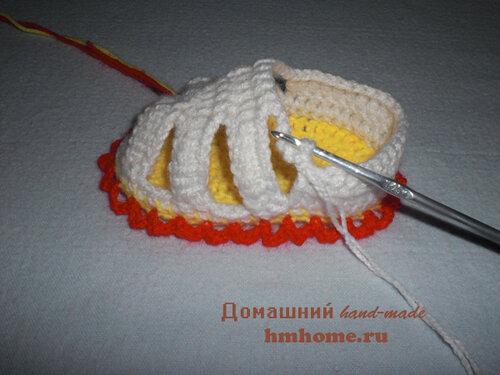 Пинетки-бабочки для новорожденной