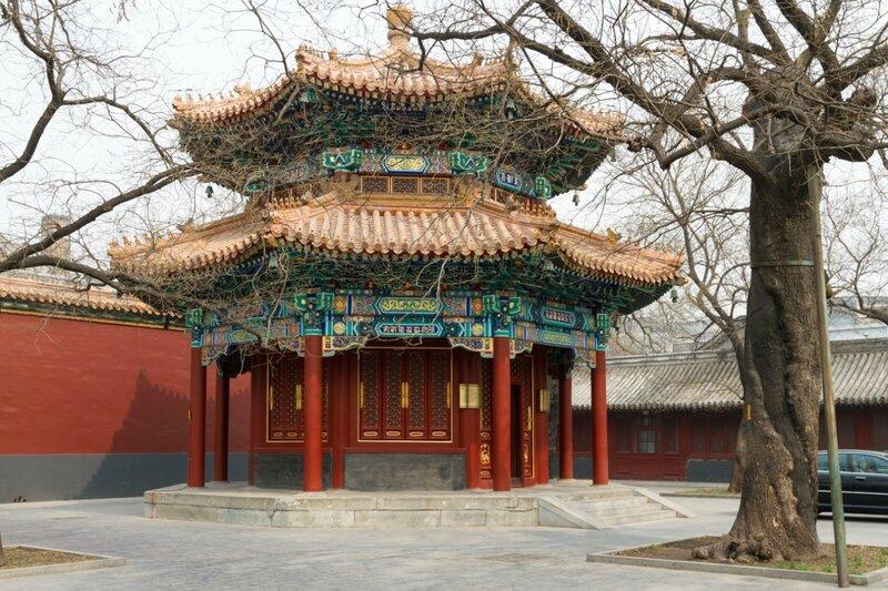 Восточный павильон табличек, монастырь Юнхэгун, Пекин