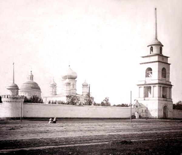 Троицкий мужской монастырь в Ельце