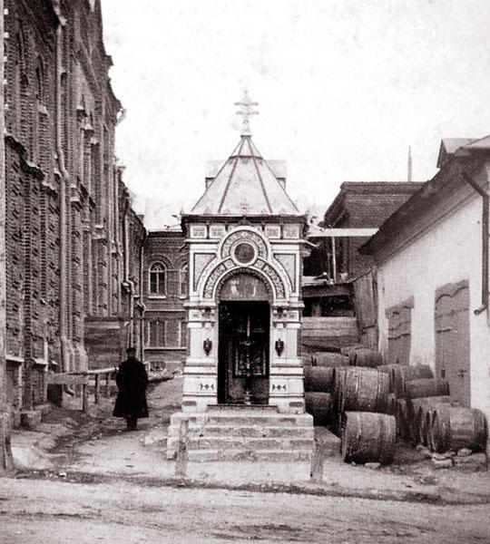 Часовня во дворе табачной фабрики Ельца