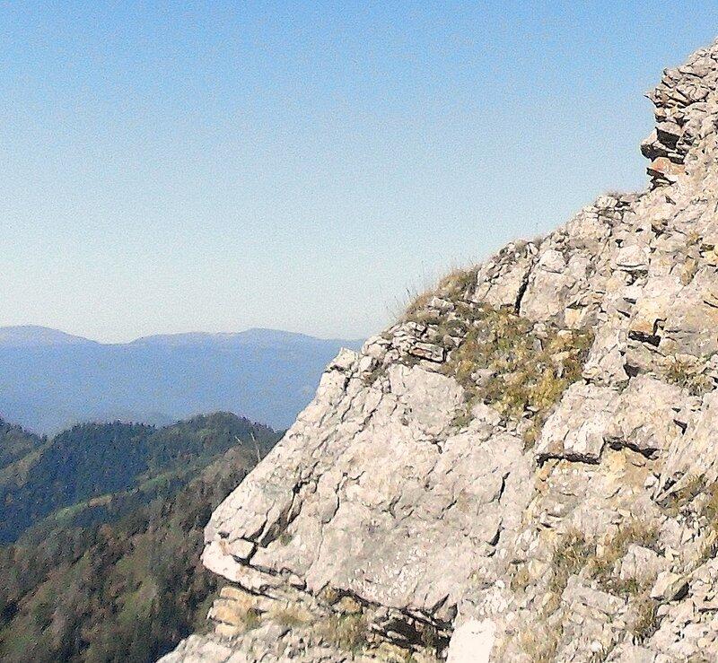 Кавказ, на тропе туристической