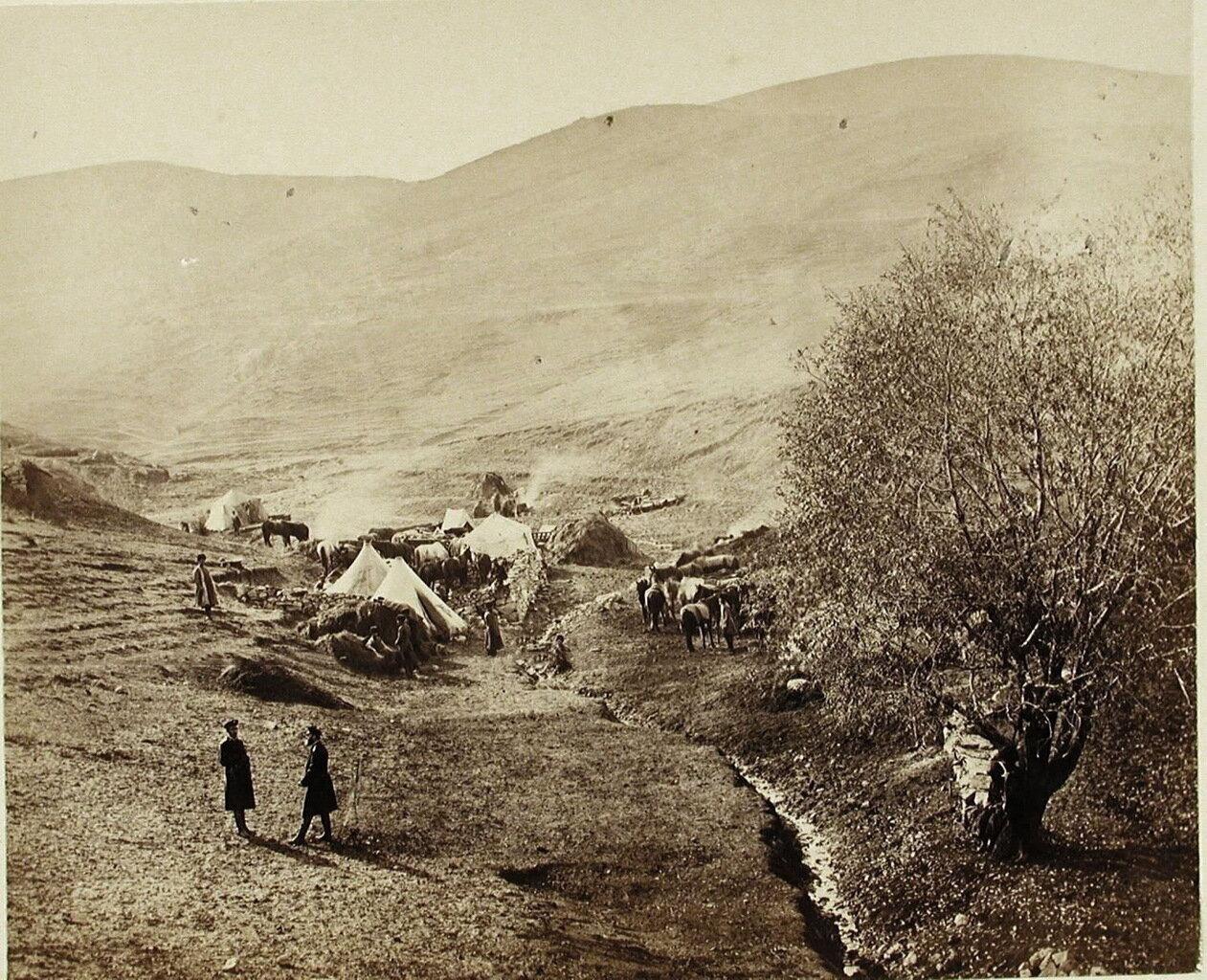 Бивак в ущелье близ селения