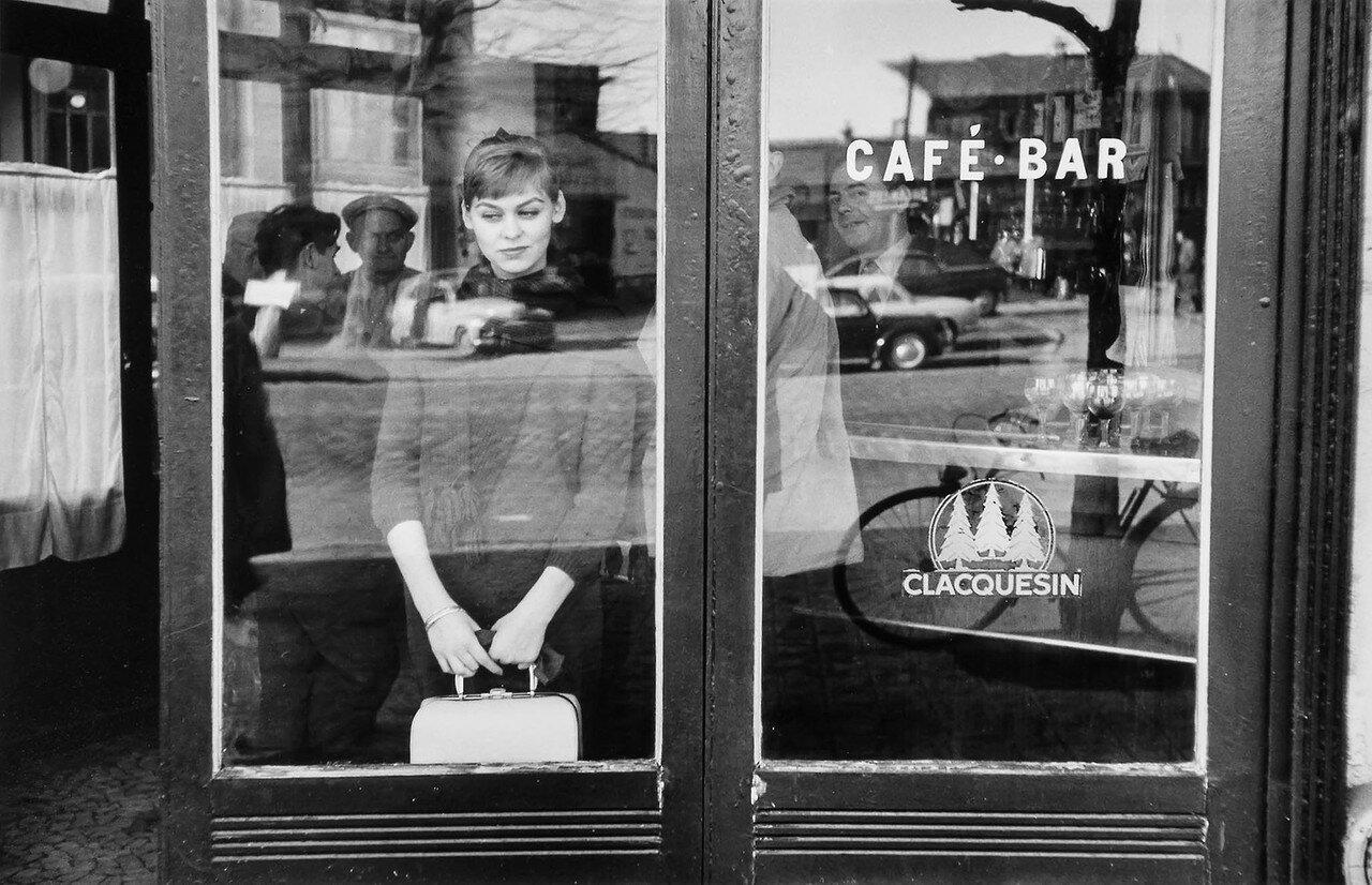 1957. Париж