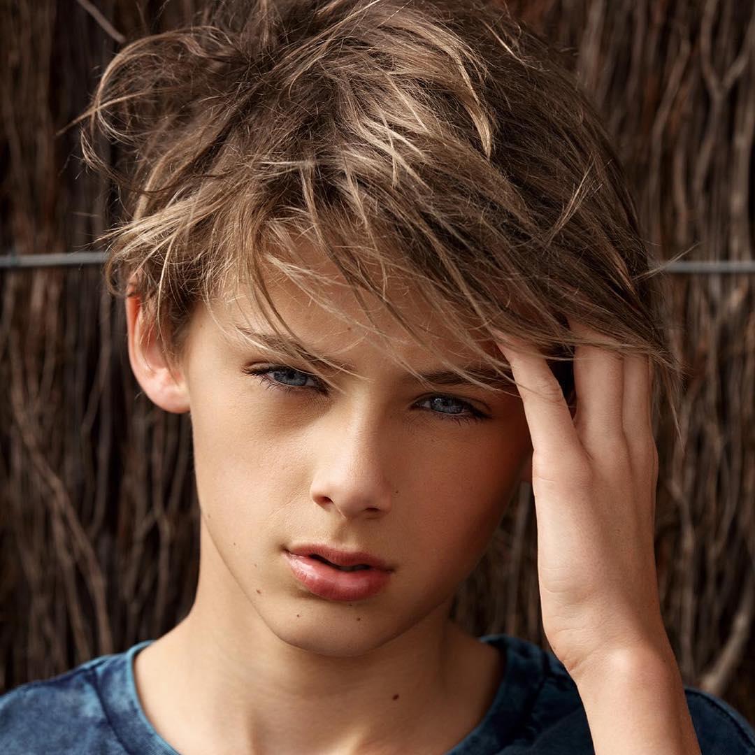 Фото самого красивого мальчика в мире взорвало интернет