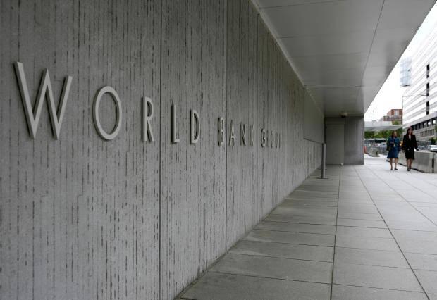 """""""Мы писали, мы писали, наши пальчики устали"""" или цена вітчизняої бюрократии: Во Всемирном банке заявили о неспособности Украины осваивать предоставленные средства"""