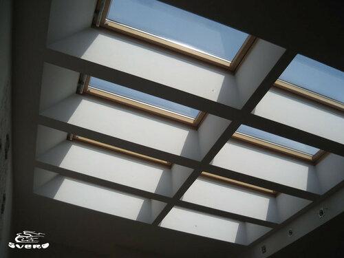 006. холл, потолок, мансардные окна