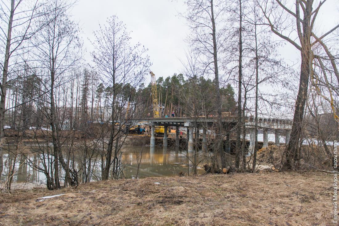 строительство моста через реку Сатис в Сарове