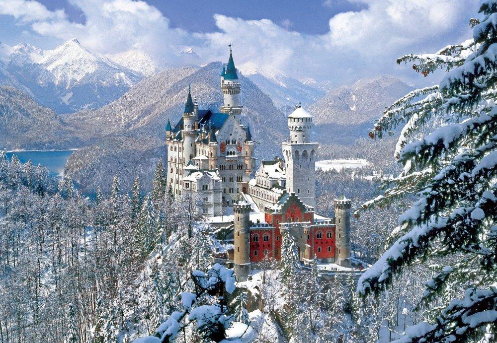 Замок Нойшванштайн зимой. Каждый, кто посещал самое изысканное творение Людвига II — замок Нойшваншт