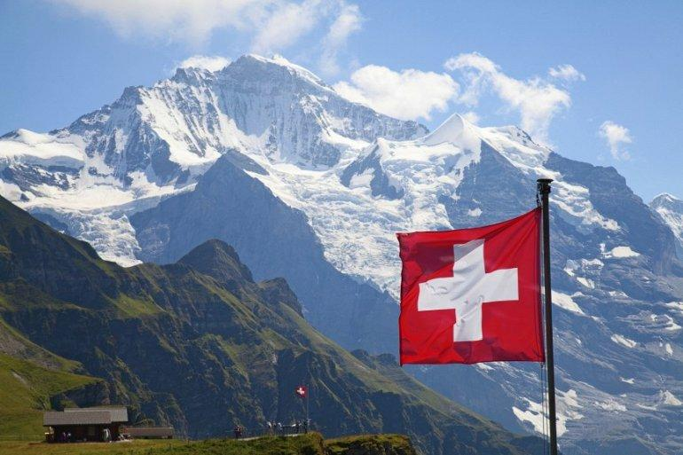 2. Медицина в Швейцарии (63.1) С 2012 года в Швейцарии самый высокий уровень продолжительности жизни