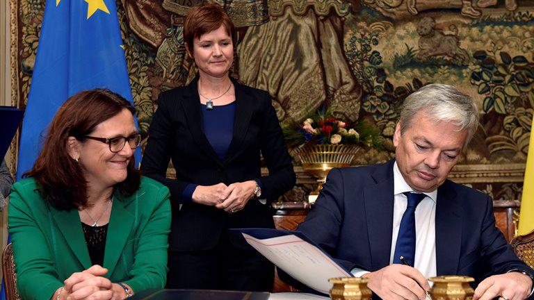 ЕСиКанада подписали соглашение озоне свободной торговли