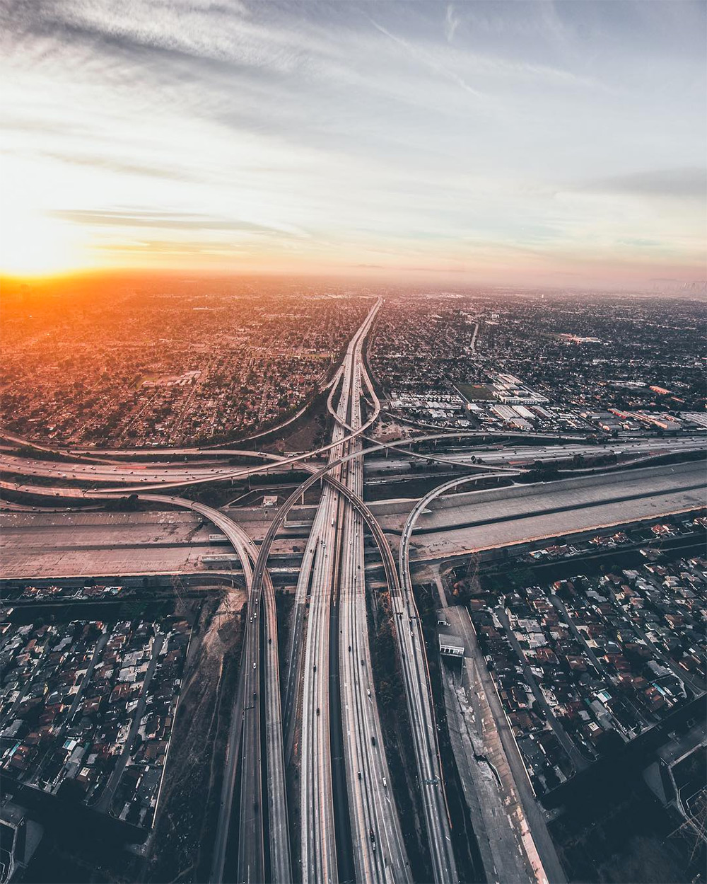 Sky-High Images of Los Angeles at Dusk and Dawn by Dylan Schwartz