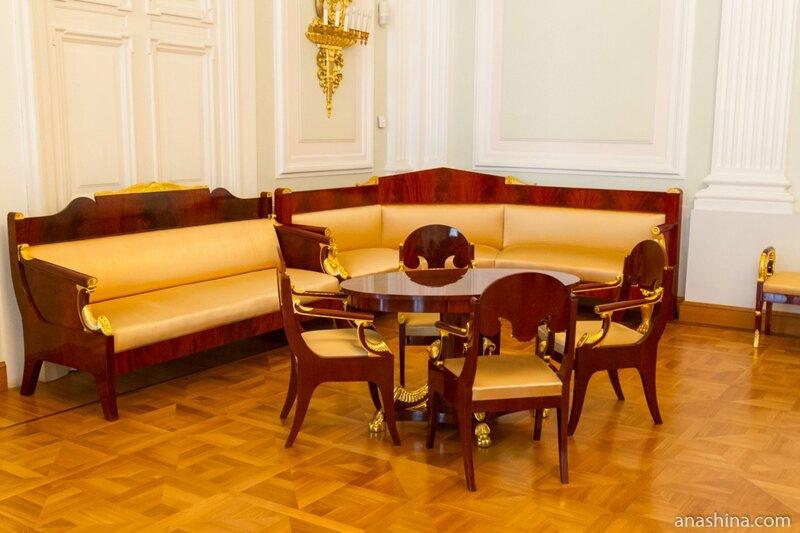 Уголок в Дворцовой гостиной, Петровский путевой дворец