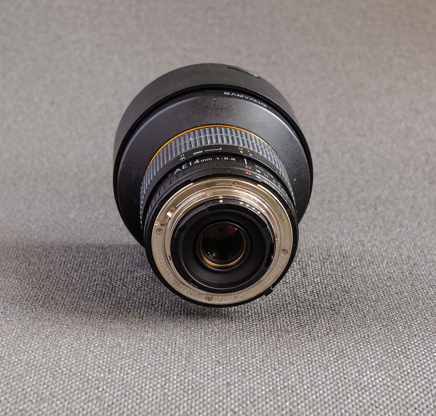 Широкоугольный объектив Samyang 14mm f/2.8 ED AS IF UMC AE Nikon F. Так выглядит чип, облегчающий работу с данным шириком. Если в Вашей модификации данного приспособления нет, можно приобрести отдельно и наклеить самому. Обзор и тестирование на полном кадре и на кропе.