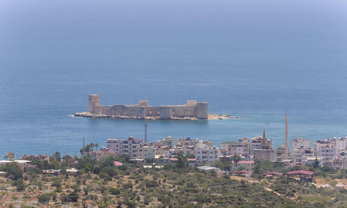 Фотография 24. Девичий замок в Кызкалеси. Его можно увидеть, путешествуя из Каппадокии в Анталии вдоль побережья Средиземного моря Турции. 1/800, 0.33, 8.0, 320, 220.