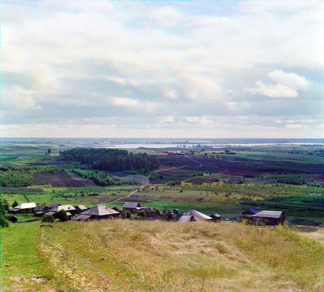 Кириллов. Вид с горы Мауры