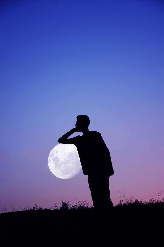 Творческие фото - игры с луной