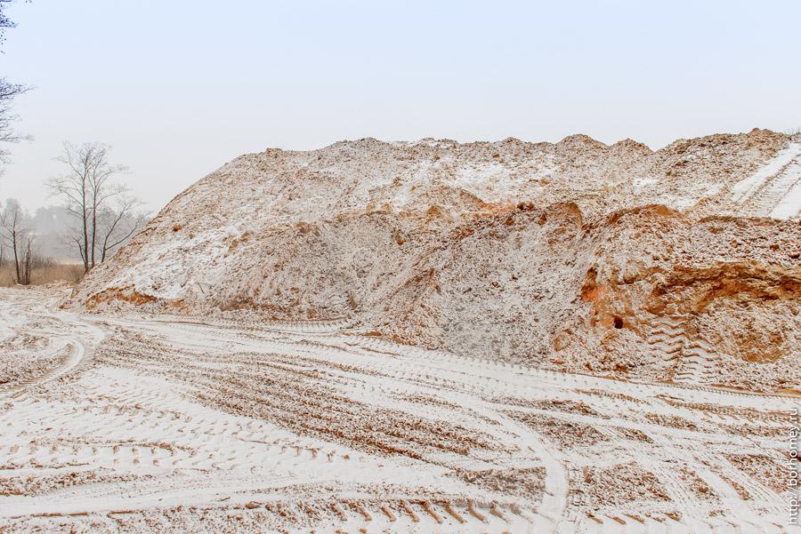 гора из песка