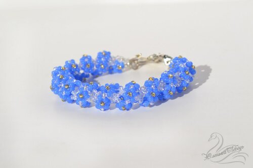 Альбом пользователя Юленька_Лебедь: Браслет голубые цветы1.JPG