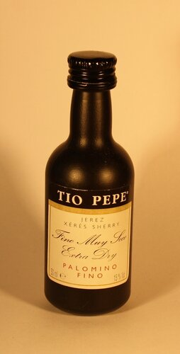 Вино Tio Pepe Palomino Fino Jerez Xeres Sherry