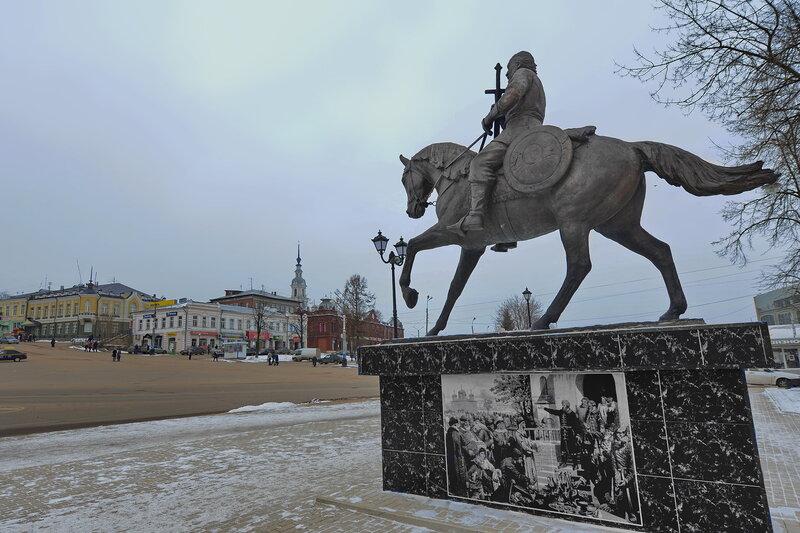 Резные памятники Кинешма Эконом памятник Плечики Барабинск