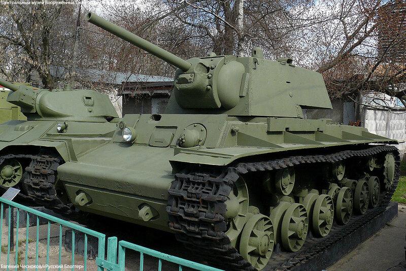 29. Музей ВС. 22.04.15.17.тяжелый танк КВ-1. 1941..jpg