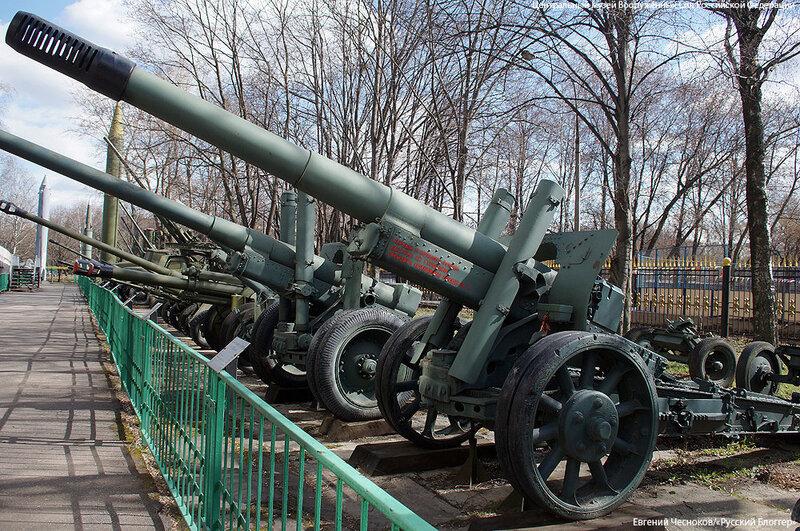46. Музей ВС. 22.04.15.93.122мм гаубица-пушка МЛ-20 1937..jpg