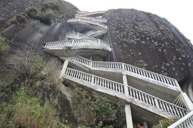Скала Эль-Пеньон-де-Гуатапе. Колумбия