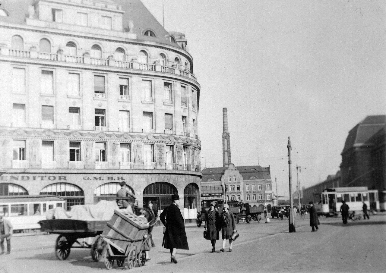 1928. Лейпциг, Привокзальная площадь