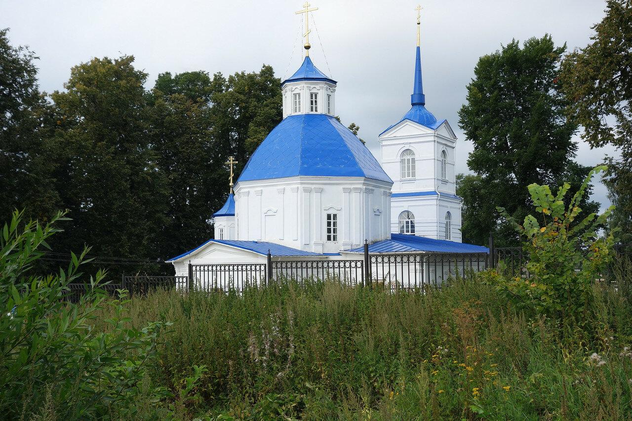 храм в селе Велегож