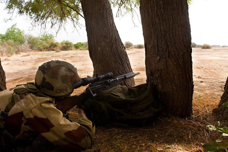 Exercice de recuperation de ressortissants en terrain hostile a Douglia
