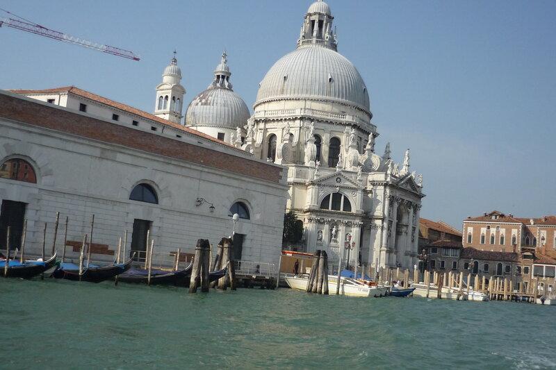 Италия  2011г.  27.08-10.09 912Палаццо Дженовезе справа.jpg