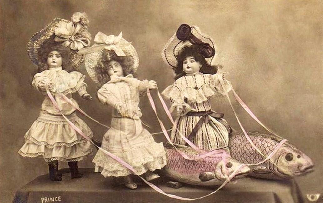 1 апреля. Куклы и рыбы
