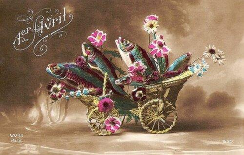 1 апреля. Рыбы в коляске открытка поздравление картинка