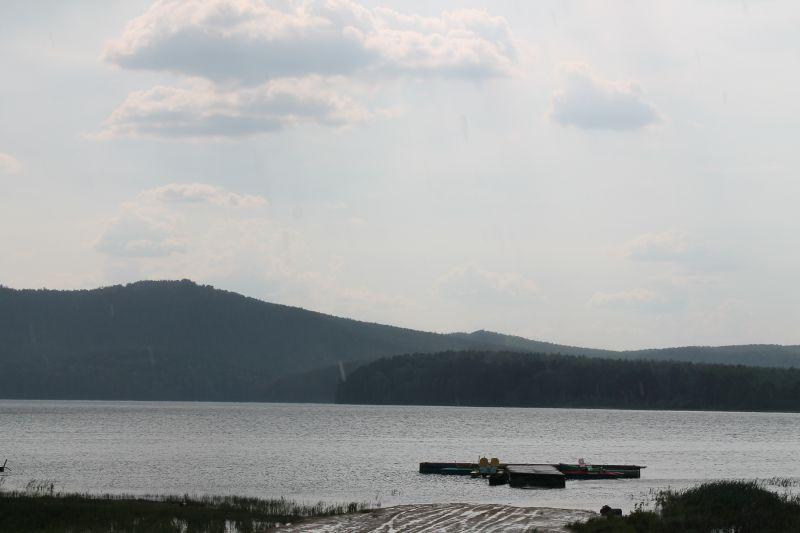 Озеро Аракуль после дождя