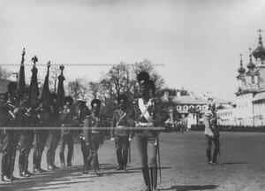 Командир полка генерал-майор свиты великий князь Дмитрий Константинович на храмовом празднике полка.