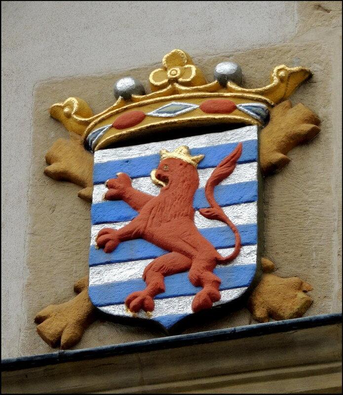 Luxembourg 8742 Герб.JPG