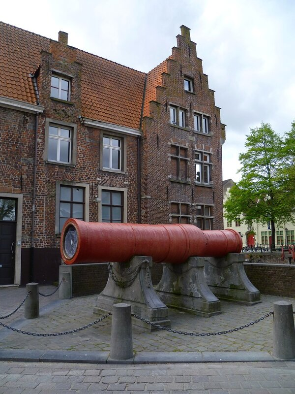 Гент, пушка Dulle Griet (Ghent, gun Dulle Griet)