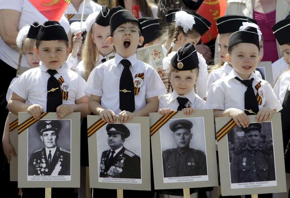 Между правдой и ложью: Про Парад детских войск в Ростове-на-Дону (15)