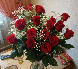Делайте подарки любимым — дарите им цветы!