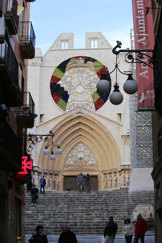 Таррагона Соборная площадь.  Tarragona. Cathedral Square.