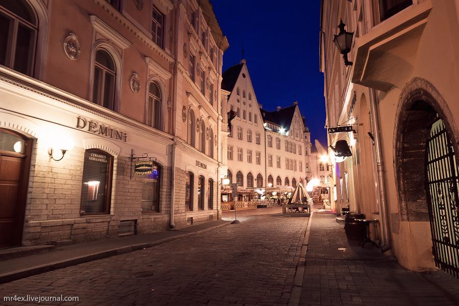 Эстония, Ночной Таллин, Старый город, Старый рынок, Vana Turg