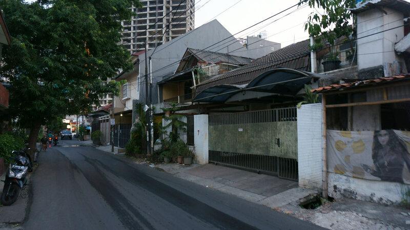 В Джакарте